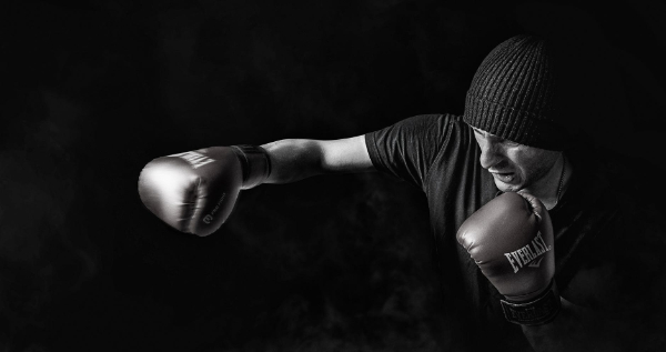Free Amazing Sports Backgrounds for Designers: Black & White Boxing Wallpaper
